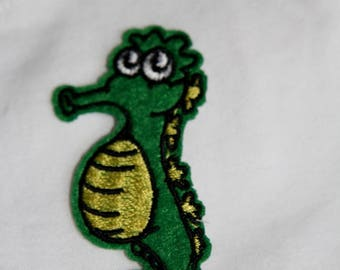 """Coat of arms motif applique patch or sew """"Seahorse""""width 3 cm height 7 cm sewing"""