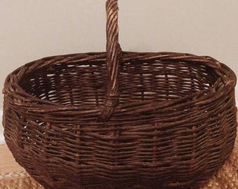 Vintage Medium Sized Basket