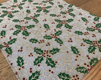 Rustic Christmas Placemat: holiday decor, frayed edges, table settings, christmas holly decor, shabby chic placemat, red and green decor