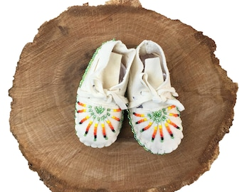 Baby Moccasins-Soft Sole Leather Shoes-Baby Shower Gift-Native American Art-Beaded Moccasins-Boy-Girl Moccasin-WHITE