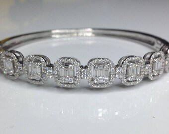 Estate 18K White Gold 3.38 CTW Diamond Bangle Bracelet 20 Grams