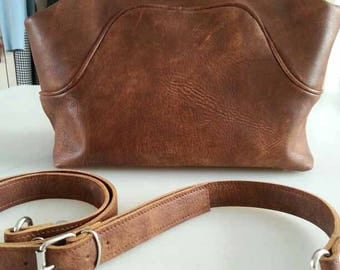 leather doctorsbag, leather doctor's bag, ladies handbag, short handle, shoulder bag, Brown