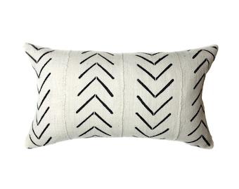 African Mudcloth Pillow Cover, African Pillow, Cream and Black | Lumbar | 'Asha'