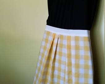 Yellow pleated plaid apron