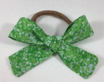 Green Pattern Bow