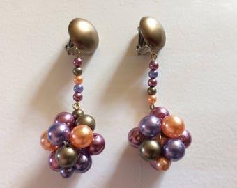 Pretty Vintage Dangle Bead Clip On Earrings