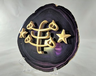 Baha'i Symbol on Purple Agate Slice