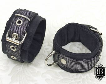 Handcuffs BDSM Bondage chains silver of jeans