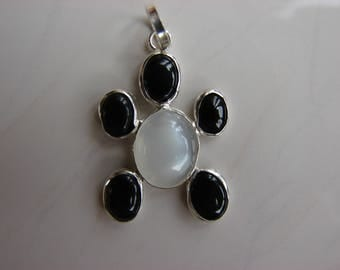 Sterling Silver Moonstone & Onyx hand made Turtle  Pendant 7P3