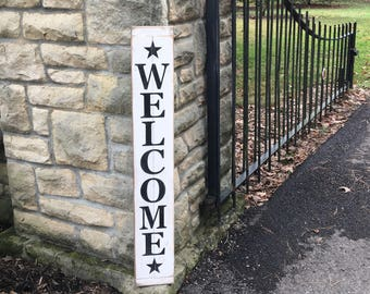 Welcome sign, Rustic Vertical Welcome sign with painted black stars