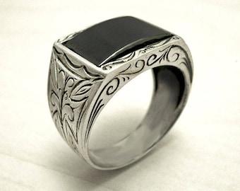 Mens silver ring,mens cross ring,engraved silver ring,sterling silver signet ring,Hematite mens ring, Black silver ring,oxidized ring