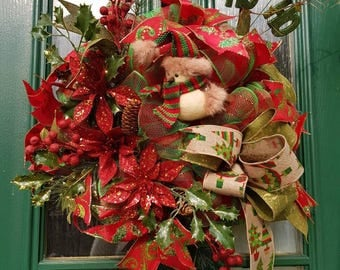 Red Xmas wreath, sparkle wreath, traditional Christmas wreath, robin wreath, red floral wreath, red and green wreath, door decoration, decor