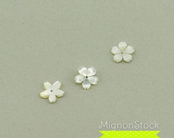 -Mother of Pearl, Pearl White - cherry blossom pendants (Dimensions: 11 mm)