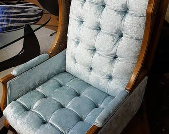 Vintage High Back Velvet Tufted Chair
