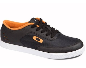 Shoes Oakley Collective-Black/Orange
