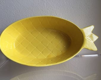 vintage yellow McCoy pineapple bowl / serving dish