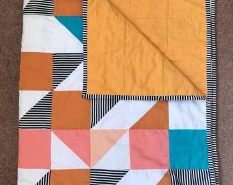Handmade Baby Triangle Quilt, Confetti Quilt, Crib Blanket, Baby Shower Gift, Gender Neutral Nursery