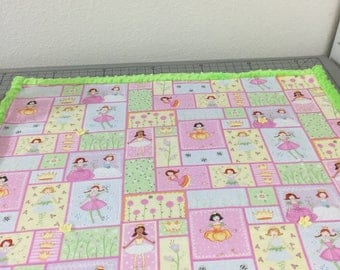 Baby blanket, Princess print-front / fleece-back, with lime minke trim using 100% cotton batting between layers