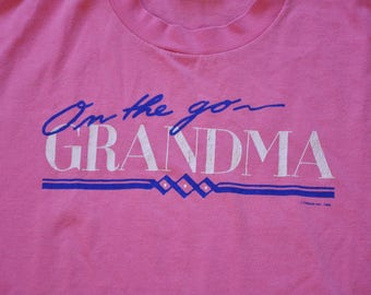 "Vintage 1988 ""On The Go Grandma"" Tee // M // Made in USA // Granny // Grandmother // GILF // Mother's Day //"