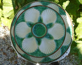 Plates oyster or shellfish majolica - Made in France - set of 2 plates