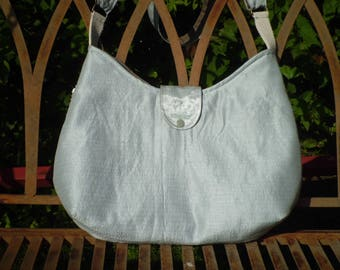 Shoulder bag ~ wild silk
