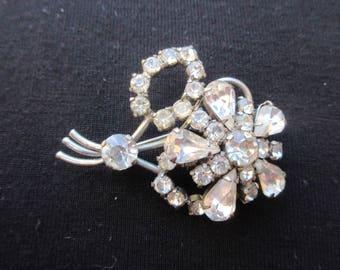 Vintage Art Deco Clear Rhinestone Floral Brooch Old Clasp