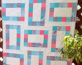 pdf baby quilt pattern...quick and easy...jelly roll, fat quarters or scraps...Jitterbug...modern quilt