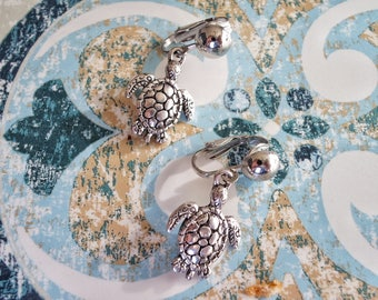 Adorable Sliver Turtle earrings, silver clip on earrings