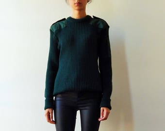 Military green pullover