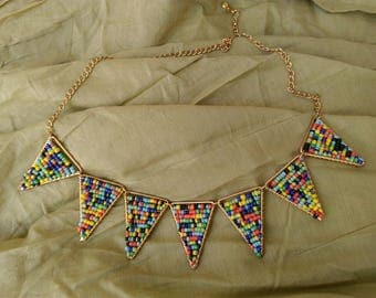 Necklace multicolored beads