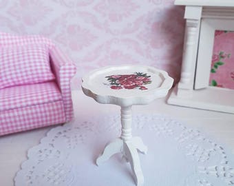 Dollhouse Miniatures,Doll house Miniature,White Round Table,Decoupage Rose,Shabby Chic Miniature,Vintage Miniature,12th Scale