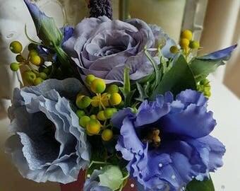 Artificial flowers floral arrangement silk flowers in a box home decor present blue
