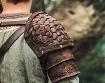 Medieval Leather Pauldrons segmented | artificial aging | warrior pauldrons | viking pauldrons | leather armour