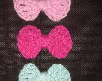 Set of 3 mini crochet bows