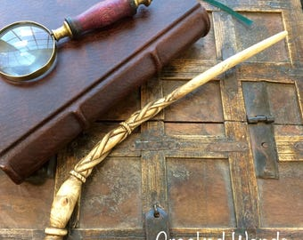 Hand Carved Canadian Hemlock Wand // Hand Carved Wand // Harry Potter Wand // Pottermore // Magic Wand