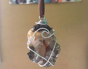 Agate Wave Necklace