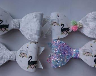 """Swan glitter hair bow 4"""""""