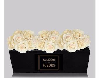 Maison Des Fleurs Vanity - Black & Gold