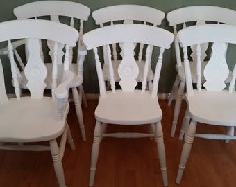 Set of 6 painted farmhouse chairs.