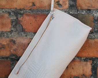 Handmade leather clutch - Pale pink