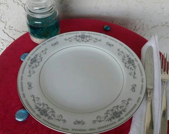 4 Diane dinner plates, fine china of Japan, Wade, porcelain, dinnerware, blue floral