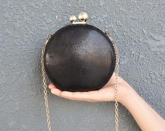 Round handbag with pearls
