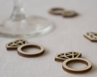 Wedding table confetti. Rustic boho wooden scatter diamond rings decorations. L71