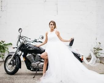 Two Piece Wedding Dress, Tulle Skirt, Wedding Skirt, Wedding Dress, Detachable Skirt, White Skirt, modern bride