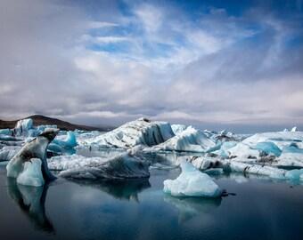 Iceberg Photo, Iceland Winter Landscape Photography, Nature Wall Art Print, Large Art Black Blue Wall Decor - CHASING ICEBERGS