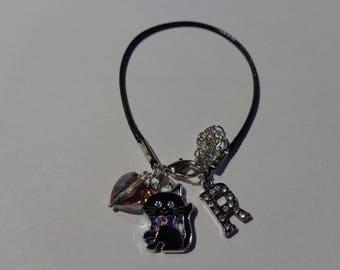 "Bracelet in black waxed cord initial letter ""R"""