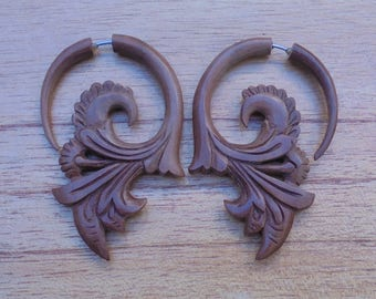 Fake Gauge Earrings, Flower Fake Earrings, Wood Fake Earrings, Wooden Accessories, Bali Jewelry, Saba 04
