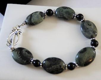 Beautiful Kambaba Jasper, black onyx and sterling silver bracelet