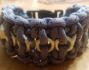 Slate Grey Hex Nut Industrial Style Paracord Bracelet. MEDIUM