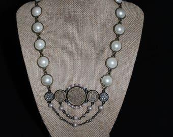 Vintage handmade pearl necklace